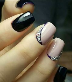 Opting for bright colours or intricate nail art isn't a must anymore. This year, nude nail designs are becoming a trend. Here are some nude nail designs. Elegant Nail Designs, Pretty Nail Designs, Elegant Nails, Nail Art Designs, Nails Design, French Nail Designs, Fabulous Nails, Gorgeous Nails, Cute Nails