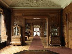 the Long Gallery at Lanhydrock, Cornwall