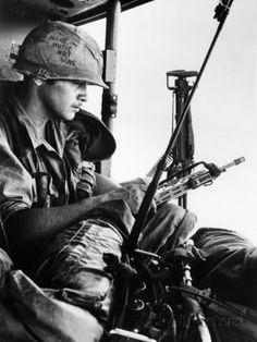 Vietnam War People Posters, Prints, Paintings & Wall Art for Sale Vietnam War Photos, Famous Photos, Hanoi Vietnam, Battle Of Britain, We Movie, Vietnam Veterans, Military Veterans, Norman Rockwell, Heart And Mind