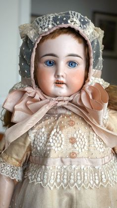 Rare Antique Collector's Doll from the Early 1900s