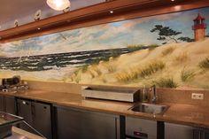 Wandbild Motiv Ostseestrand im Buffetbereich.