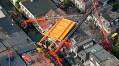 3-8-2015, Alphen aan den Rijn, The Netherlands, bridge portion falls on houses.