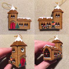 Et de 8!!! #eglise #church #christmas #christmasornament #noel #threadabead #miyukibeads #perlesmiyuki #miyuki #miyukidelica #jenfiledesperlesetjassume #decodenoel #noelmiyuki