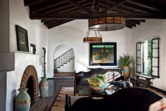 Spanish-Colonial-Living-Room.jpg (900×600)