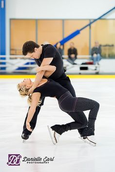 Pair skaters Kirsten Moore-Towers and Michael Marinaro photographed by Danielle Earl Photography