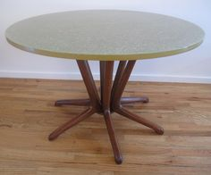 MID CENTURY Dimensional Plastics Pearsall Style Table