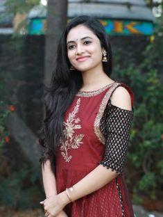 Top 5 Tips for a Successful Bikini Photo Shoot Beautiful Girl Indian, Beautiful Girl Image, Beautiful Indian Actress, Beautiful Actresses, Beautiful Saree, Sonam Kapoor, Deepika Padukone, Hot Actresses, Indian Actresses