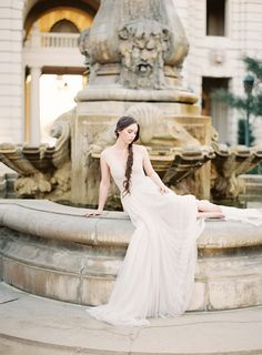 Dreamlike bridal session in a Paolo Sebastian gown
