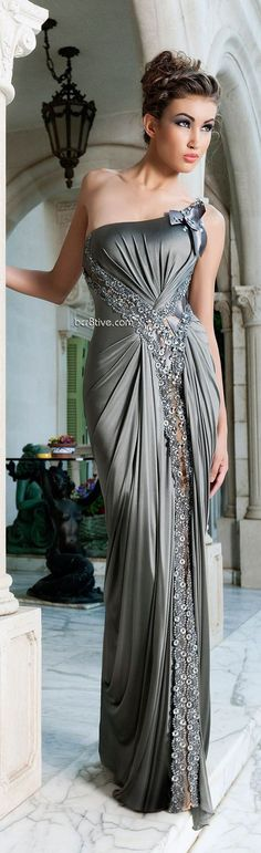 Mireille Dagher Spring Summer 2013 Ready to Wear are sensual and romantic evening gowns that you can't help but imagine yourself wearing. Elegant Dresses, Pretty Dresses, Women's Dresses, Fashion Dresses, Wedding Dresses, Beautiful Gowns, Beautiful Outfits, Mode Glamour, Moda Fashion