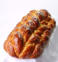Z roka na rok sa lepším v zapletaní vianočky. Tento rok bude u nás zapletená… Czech Recipes, Sausage, Bacon, Bread, Cooking, Breakfast, Sweet, Food, Buns