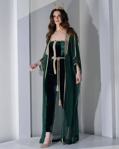 Image may contain: one or more people and people standing Abaya Fashion, Modest Fashion, Fashion Dresses, Morrocan Dress, Blush Dresses, Caftan Dress, Pakistani Dress Design, Special Dresses, Oriental Fashion