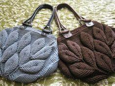 bolso tejido a mano hoja... material artesanal,completamente sintetico,cola rata ligth al crochet,punto relieve