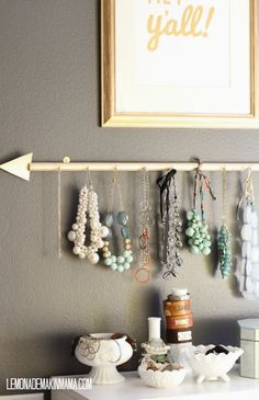 Jewlery Organization | DIY Arrow Jewelry Holder by @ lmmama