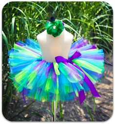 LOVE the colors in this tutu! Perfect for the punk rock princess theme I have picked out!