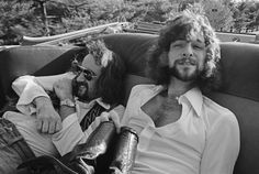 John McVie and Lindsey Buckingham in New Haven, 1975. Photo by Fin Costello