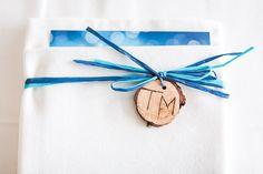 Ein wundervolles Wochenende – Hochzeitsfotografie am Venet » Bernhard Stelzl Photography – DOCUMENTARY FINEART PHOTOGRAPHY – Hochzeitsfotografie & Porträtfotografie Telfs / Tirol Blue Wedding, Gift Wrapping, Gifts, Wedding Photography, Paper Wrapping, Wrapping Gifts, Gift Packaging, Favors, Presents