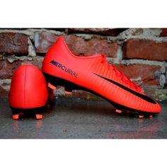 Najlepsze obrazy na tablicy Buty do piłki nożnej (48) | Buty