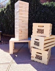 This life size jenga game is the perfect backyard game for families, friends, or weddings! All of the pieces are meticulously sanded for the best (diy giant yard games bean bags) Diy Giant Yard Games, Giant Outdoor Games, Backyard Games, Outdoor Jenga, Backyard Playground, Backyard Ideas, Jenga Diy, Jenga Game, Giant Jenga