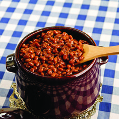 We have your perfect side dish for dinner tonight— Bird Dog Whiskey Mean Beans! Steak Marinade Best, Best Steak, Dinner Dishes, Side Dishes, Bird Dog Whiskey, Whiskey Recipes, Grillin And Chillin, It's Summertime, Bean Pot