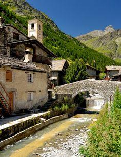Vorrei un Italia restituita agli Italiani. Chianale (Piemonte) Foto: