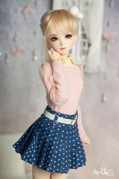 This is girl's dress for A-STUDIO bjd. The design of the dress makes your doll so cool and more attractive. Try to dressed up your doll. Anime Dolls, Bjd Dolls, Girl Dolls, Accessoires Barbie, Enchanted Doll, Cute Baby Dolls, Kawaii Doll, Beautiful Barbie Dolls, Realistic Dolls