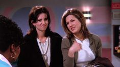 The One With Two Parts - - Friends Screencaps Monica Rachel, Ross And Rachel, Friends Moments, Friends Show, Rachel Green Outfits, Monica And Chandler, Netflix, Ensemble Cast, I Love My Friends