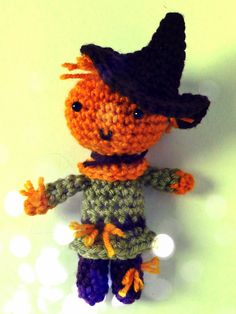 Free Wizard of Oz Scarecrow amigurumi crochet pattern