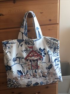 Cute little beach hut bag for a friend.
