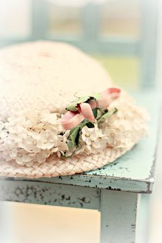 4 Affluent ideas: Shabby Chic Wall Decor Nursery shabby chic salon all white.Shabby Chic Mirror Boudoir shabby chic salon all white. Shabby Chic Kitchen, Shabby Chic Decor, Memorial Day, Easter Parade, Fancy Hats, Chic Bathrooms, Love Hat, Pretty Pastel, Agra