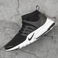 76bf2c0a3d2a Flyknit meets Presto in one of this Summer s best new sneakers. For a  detailed look