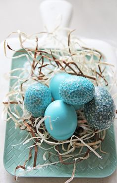 Ovos de Páscoa decorados com tonalidades de azul | Eu Decoro
