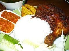 Ayam Penyet+Nasi Putih+Ulam+Sambal+Sup