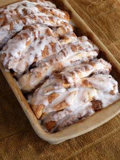 Cinnamon Pull-Apart Bread..    #Bread #Cinnamon