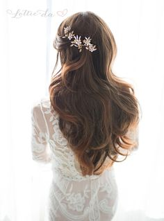 Items similar to Boho Wire Hair Vine Headpiece or Headband, Mixed metal - Gold, Silver, or Copper Bridal Headband, Wedding Headband - 'FAWN' on Etsy Wedding Headband, Headband Hair, Metal Flowers, Flowers In Hair, Gold Flowers, Wedding Flowers, Wedding Rings, Down Hairstyles, Wedding Hairstyles