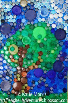 Adventures of an Art Teacher: Bottle Cap Artwork Plastic Bottle Tops, Plastic Bottle Crafts, Bottle Cap Crafts, Plastic Craft, Recycled Art Projects, Recycled Crafts, Bottle Top Art, Art For Kids, Crafts For Kids