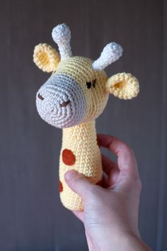 This Pin was discovered by Rit Crochet Baby Toys, Crochet Teddy, Crochet For Boys, Crochet Bunny, Crochet Toys Patterns, Love Crochet, Amigurumi Patterns, Crochet Animals, Crochet Dolls