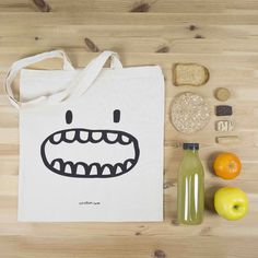 Most of the most popular bags do not meet a certain aesthetics this season. Forest Fashion, Diy Tote Bag, Party In A Box, Love Craft, Shopper Bag, Crafty Projects, Cotton Bag, Cloth Bags, Canvas Tote Bags