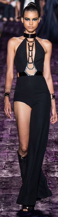 Atelier Versace Fall-winter 2014-2015. http://es.pinterest.com/meriyay/fall-winter-2014-2015/