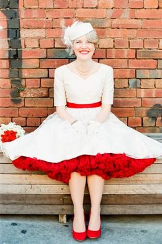 retro 50's wedding dress - love the pop of red