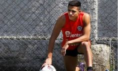 Alexis Sanchez suffers muscle tear while training with Chile