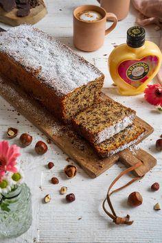 Eggnog cake with nut '' Eggnog nut cake '' - cake recipes with eggnog Eggnog Cake, Eggnog Recipe, Dessert Simple, Cookie Recipes, Dessert Recipes, Nut Recipes, Tiny Food, Easter Recipes, Food Cakes