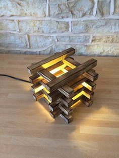 Hello & Welcome! I just Love the effect of burning wood! especially on light colored wood such as this french sapin- the light and the dark grain really creates something totally stunning! i have made a large triple suspended light with burnt wood before Handmade Desks, Handmade Lamps, Suspended Lighting, Unique Lighting, Office Desk Gifts, Rustic Table Lamps, Light Colored Wood, Wooden Lamp, Led Lampe