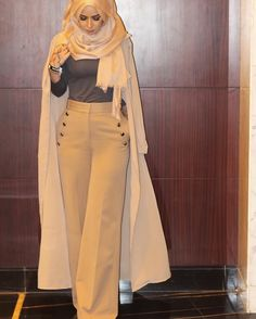 The Modern Hijab Modest Wear, Modest Dresses, Modest Outfits, Modest Fashion, Fashion Outfits, Style Fashion, Muslim Women Fashion, Arab Fashion, Islamic Fashion