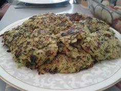 Weihnachtsessen by Martin E. Cauliflower, Meat, Chicken, Vegetables, Food, Christmas Meals, Cooking, Cauliflowers, Essen