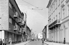 Oskola utca a Dóm térről nézve.