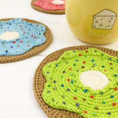 Donut Coaster Crochet Pattern Crochet Coaster Pattern, Crochet Doily Patterns, Crochet Doilies, Crochet Home, Crochet Yarn, Half Double Crochet, Single Crochet, Crochet Sloth, Cute Coasters