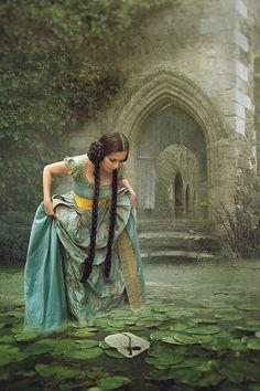 Foto Fantasy, Fantasy Magic, Fantasy Art, Dark Fantasy, Dream Fantasy, Fantasy Dress, Fantasy Photography, Inspiring Photography, Photography Editing