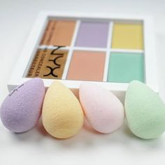 The Beautyblender Micro.Mini sponges get into all the little nooks of your face for flawless blending. The Beauty Blender Micro.Mini sponges get into all the [. All Things Beauty, Beauty Make Up, Face Beauty, Makeup Goals, Makeup Tips, Makeup Hacks, Makeup Style, Makeup Needs, Do It Yourself Fashion