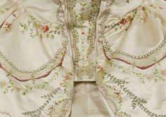 Bayerisches Nationalmuseum -Fashion unframed