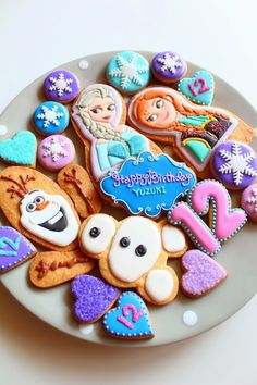 Sweeten your day. Royal Icing Cookies, Cake Cookies, Sugar Cookies, Frozen Cookies, Frozen Cake, Disney Frozen Party, Character Cakes, Childrens Party, Mini Cakes